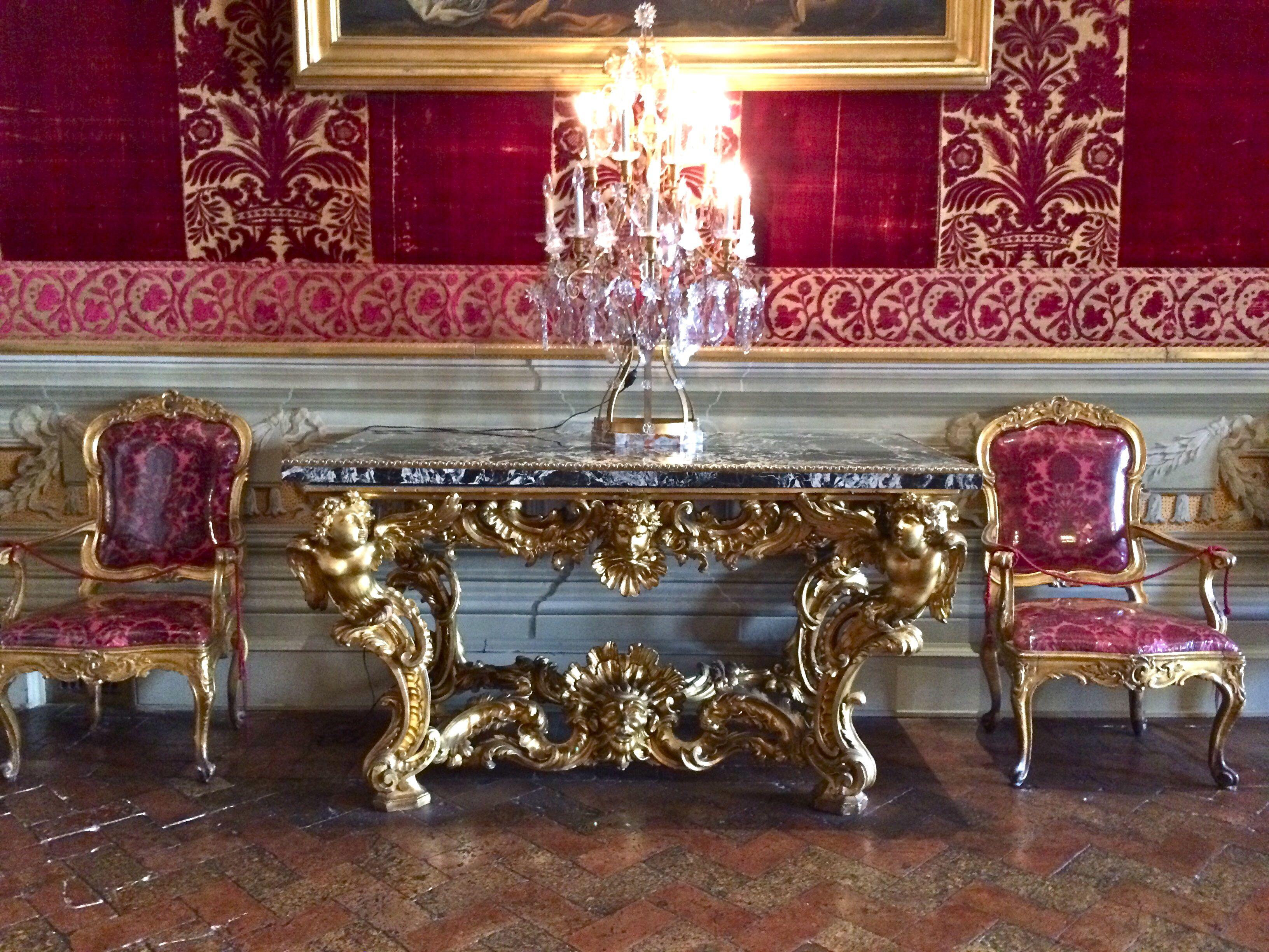 Peaceful grandeur in Rome
